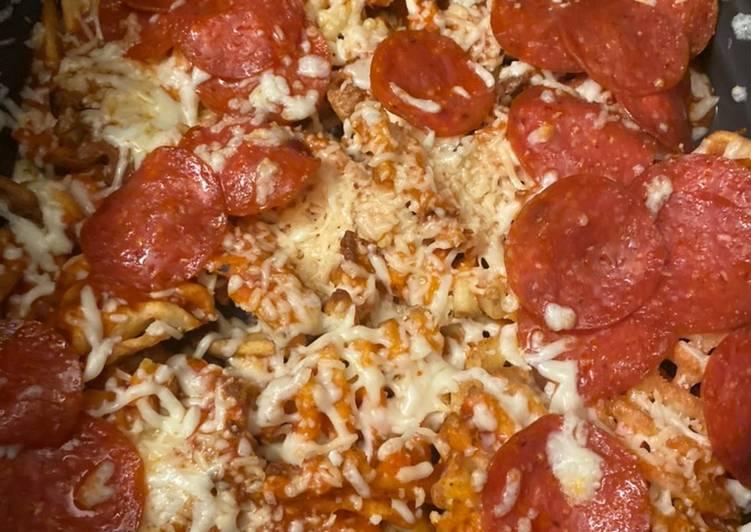Waffled pizza fries Pizza box 2
