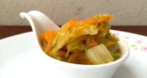 Napa Cabbage And Carrot / Diet Vegan