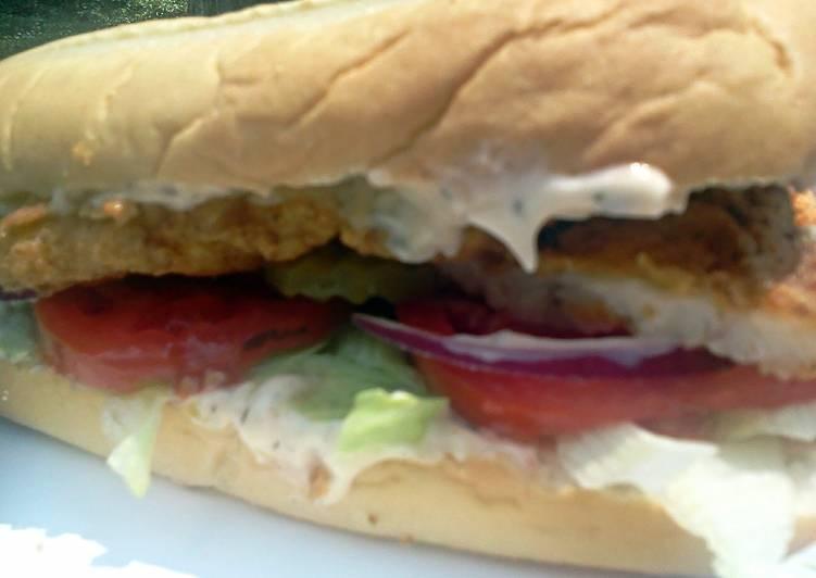 Super Fish Sandwich w/ dill sauce