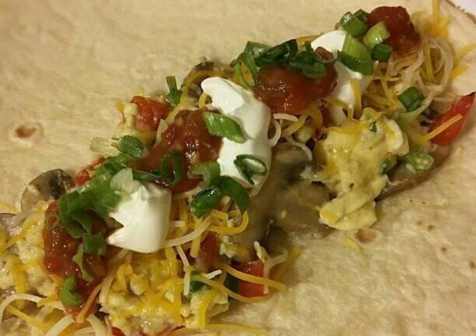 Mushroom & Bell Pepper Breakfast Burritos