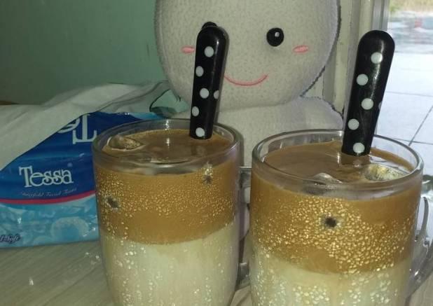 Dalgona coffe creamy