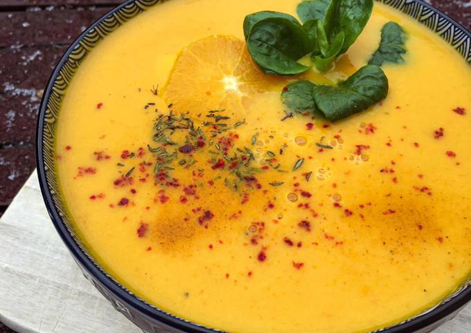 Rezept Um Gordon Ramsay Karotten Orangen Suppe zu machen