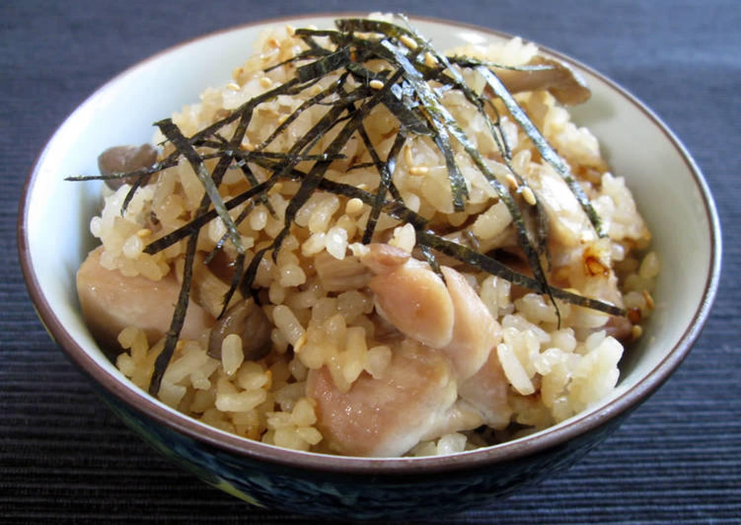Chicken & Shimeji Takikomi Gohan