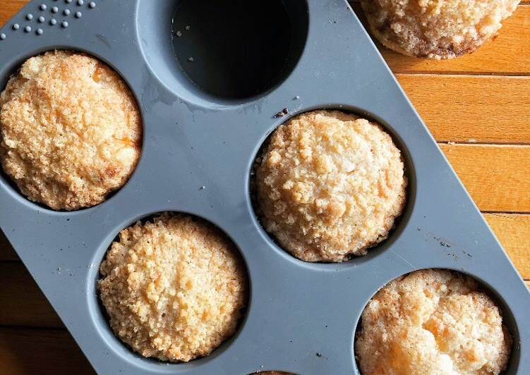 Easiest Way to Make Speedy Apple Crumble Muffins