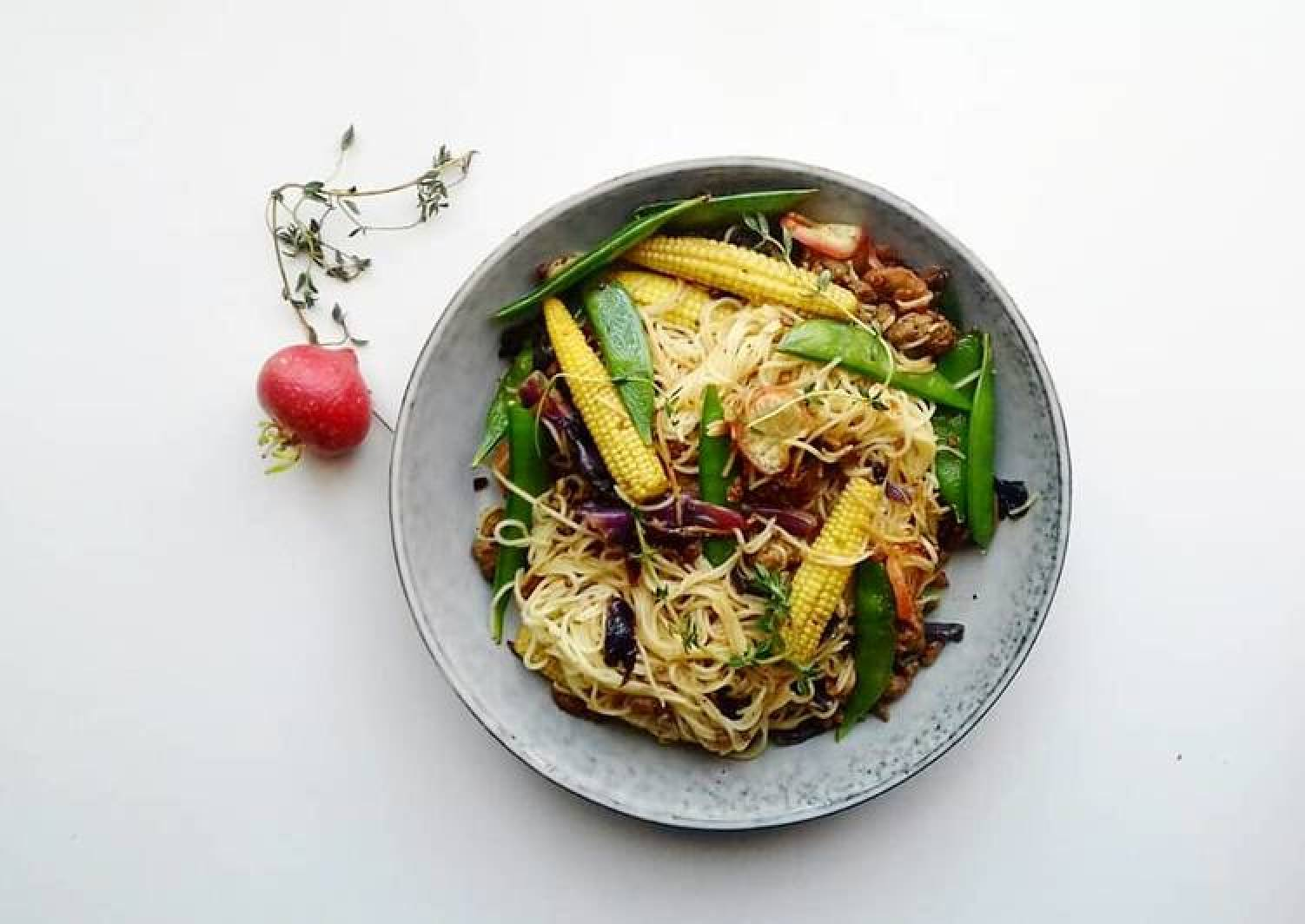 Ground beef noodle stirfry