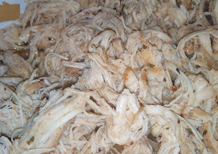Recipe of Quick Pulled Chicken in Crockpot/Slow Cooker
