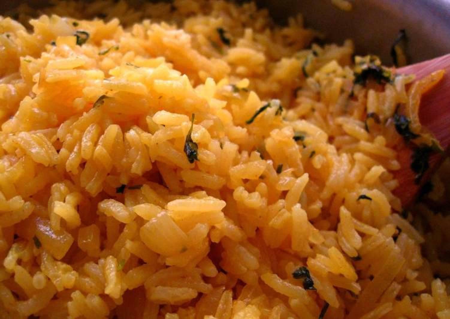 Cilantro Garlic Yellow Rice