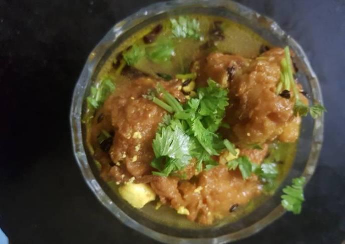 Ghiya kofta with spicy curry