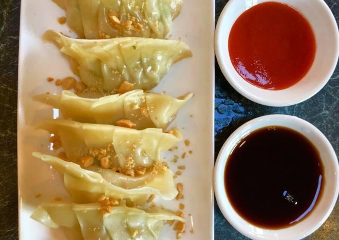How to Prepare Tasteful Gyoza (Japanese Dumplings)