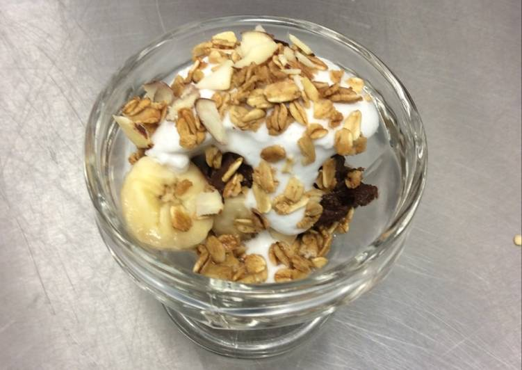Raw Chocolate Banana Mousse Parfait with Coconut Whip Cream and Vanilla Almond Granola