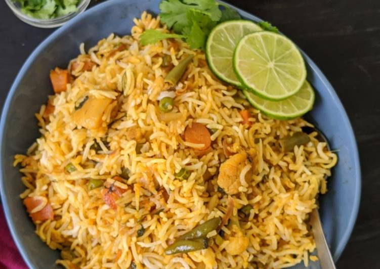Hyderabadi Vegetable Dum Briyani