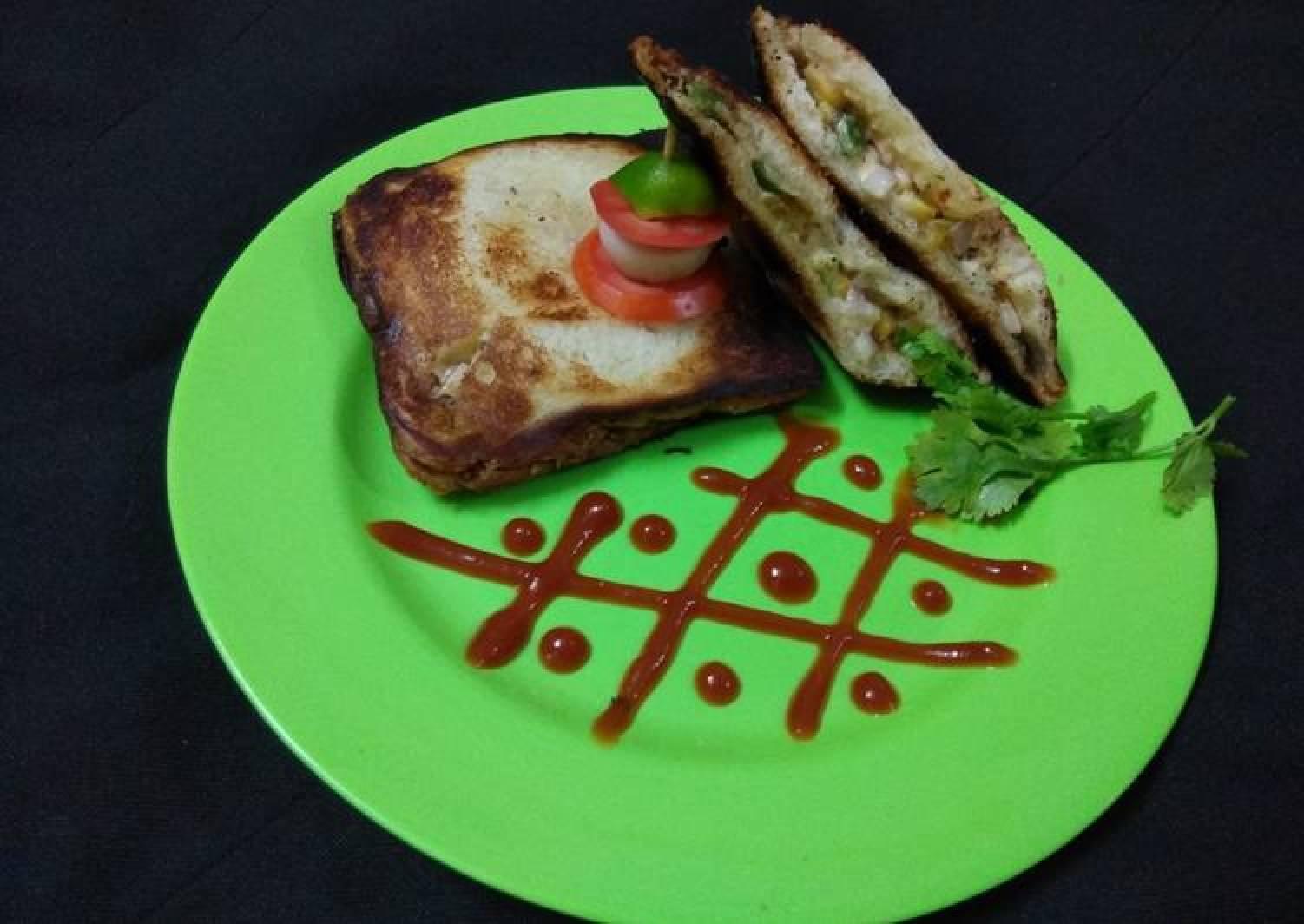 Peri Peri Mayo-Veg Sandwich Toasted In Gas Toaster