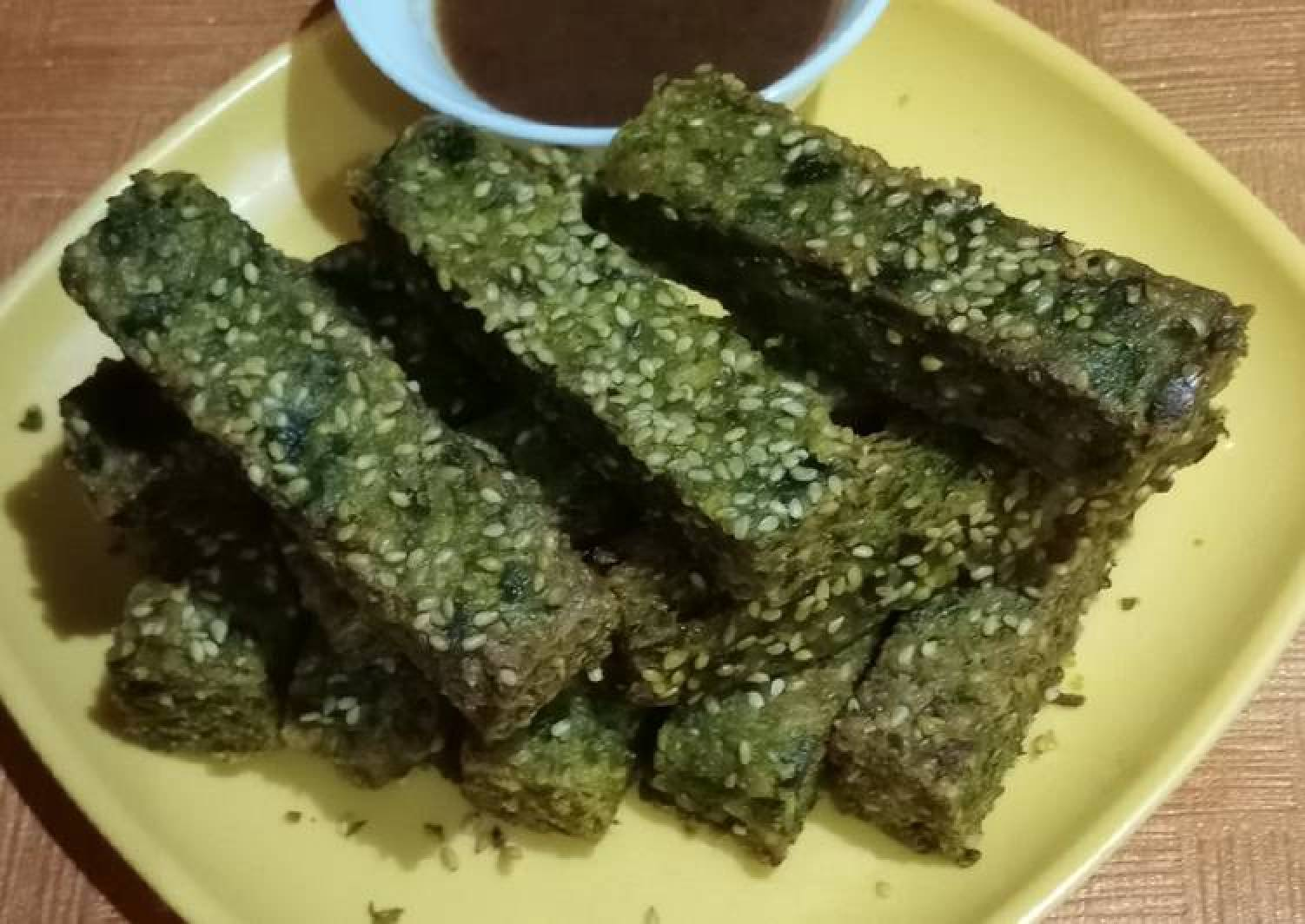 Spinach and fenugreek sticks