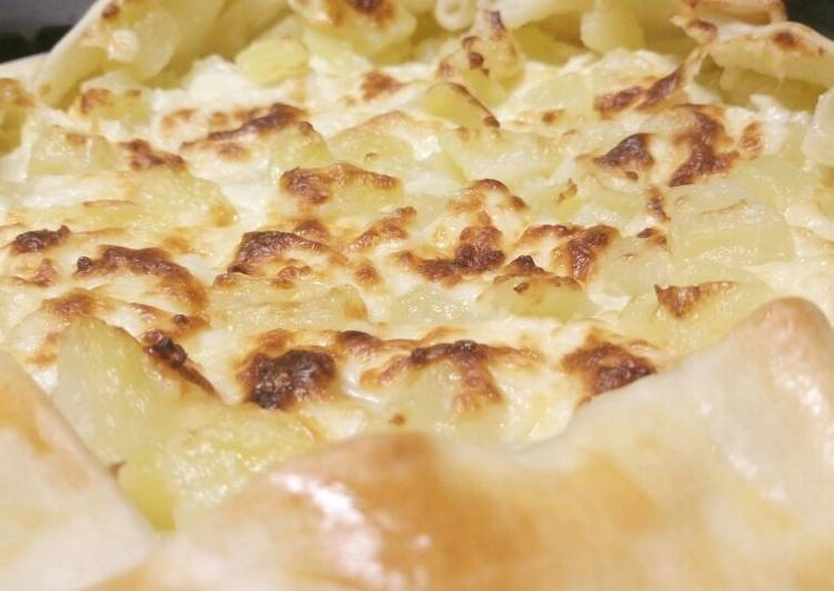 Rustic cheese and potato pie