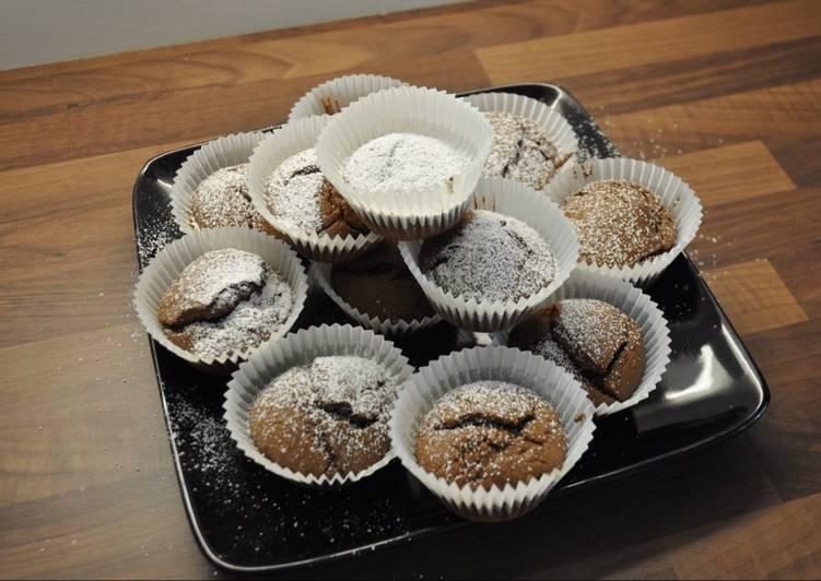 Simple chocolate cakes