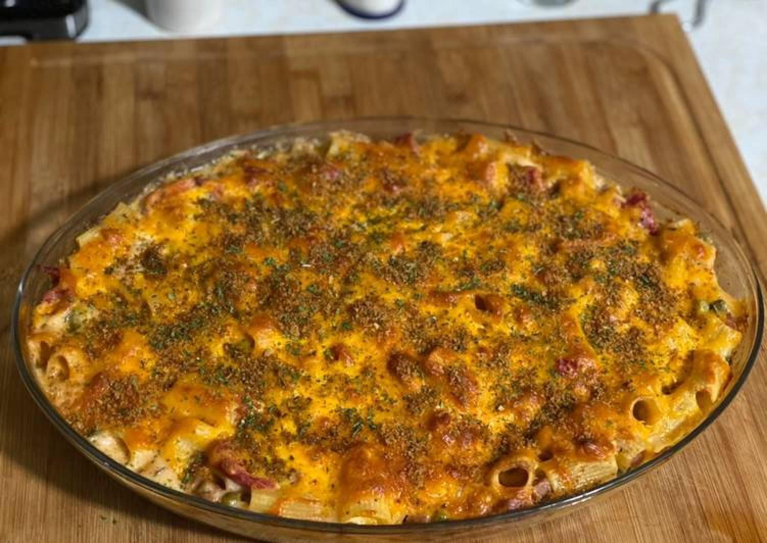 Baked Macaroni & Cheese (Surf & Turf)