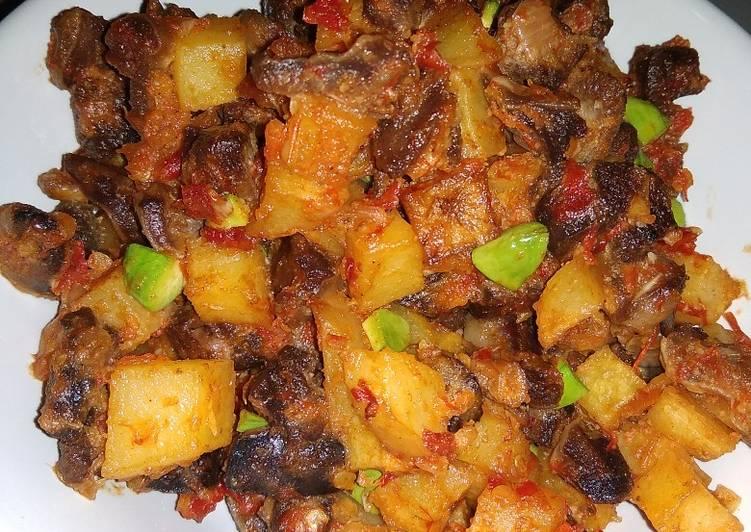 Sambel goreng ati ampela kentang pete
