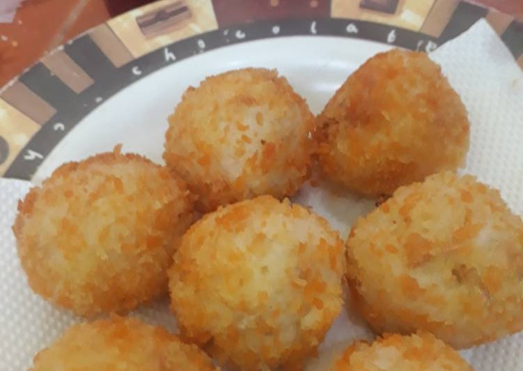 BOLA Nasi Bakso Seafood