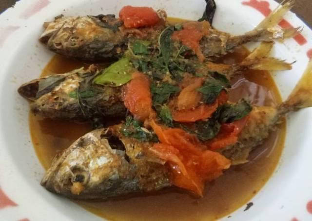 Ikan Asam Padeh Kemangi (Ikan Asam Pedas)