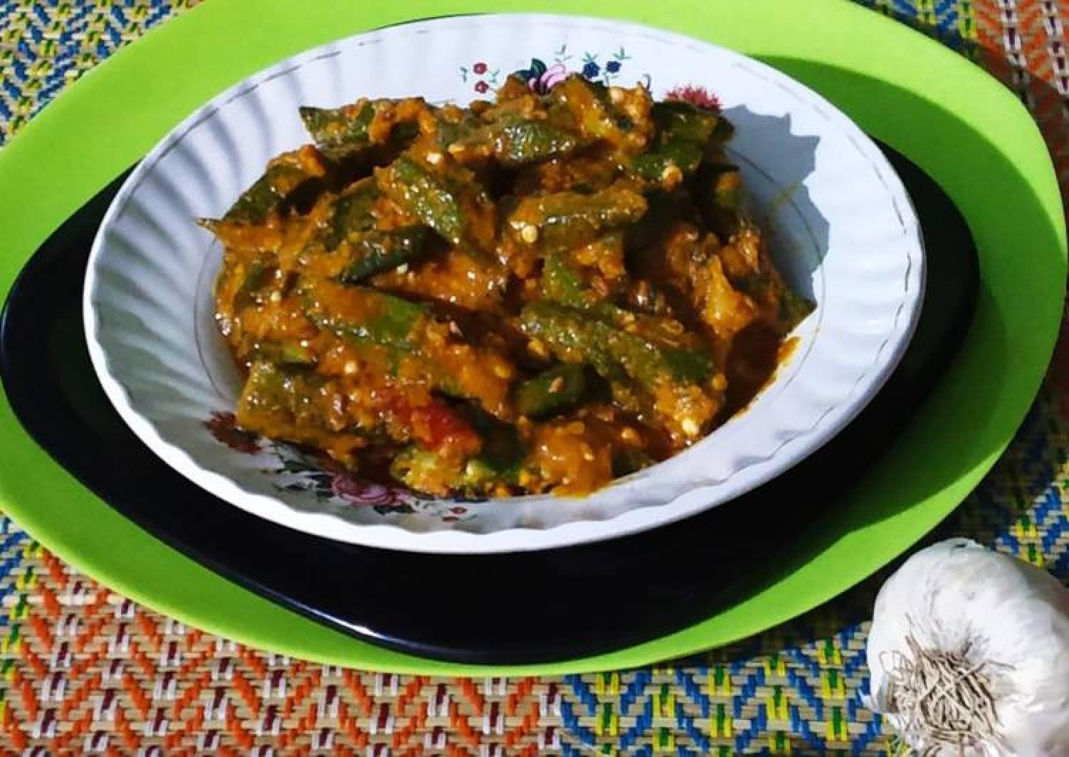 Dahi bhindi(curd okra)