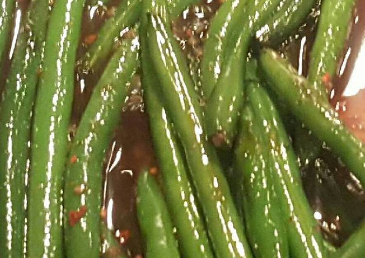 Thai sweet chile green beans