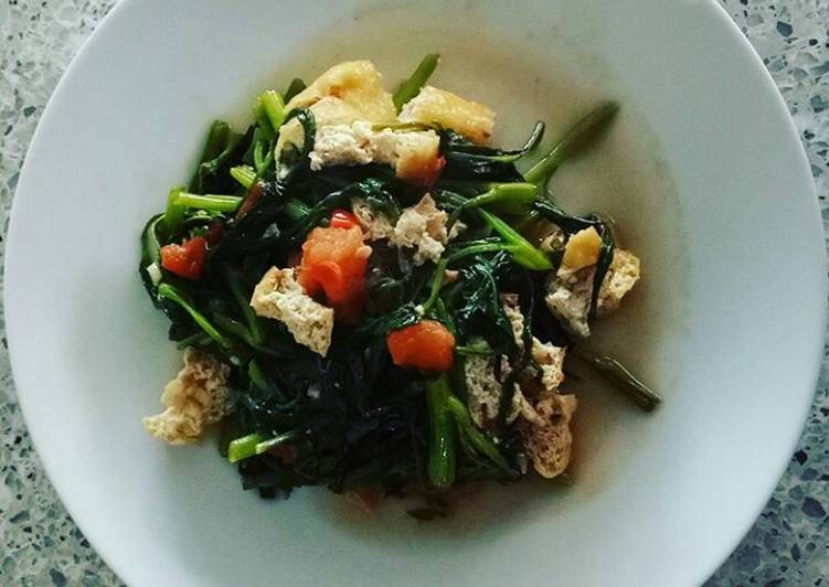 Water Spinach and Tofu Stir Fry (Oseng Kangkung Tahu)