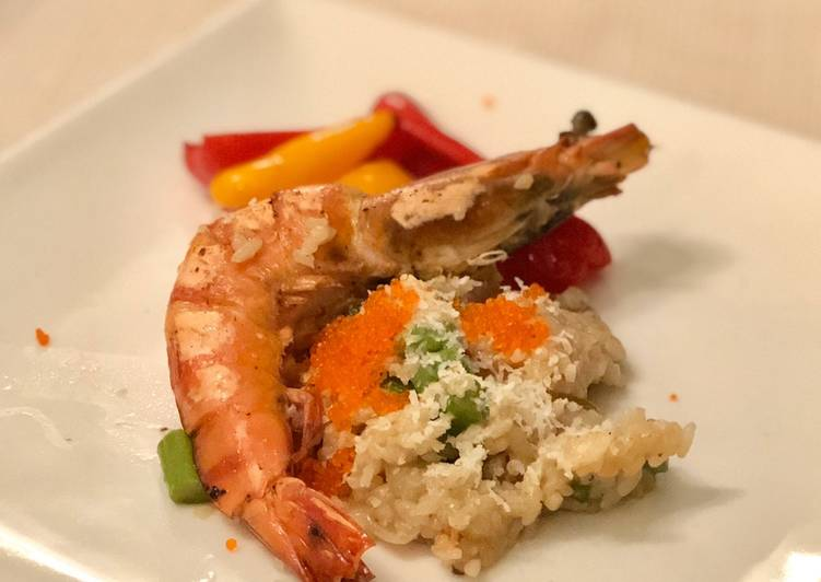 Mushroom 'risotto' with prawn, asparagus and crab roe