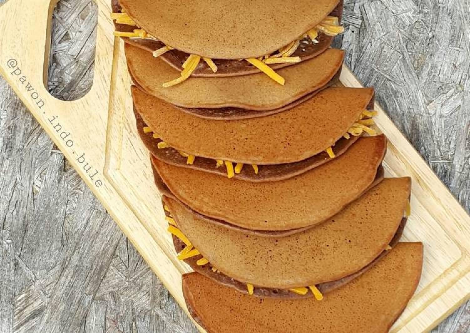 Indonesian Folded Chocolate Pancake (Martabak Manis Lipat)