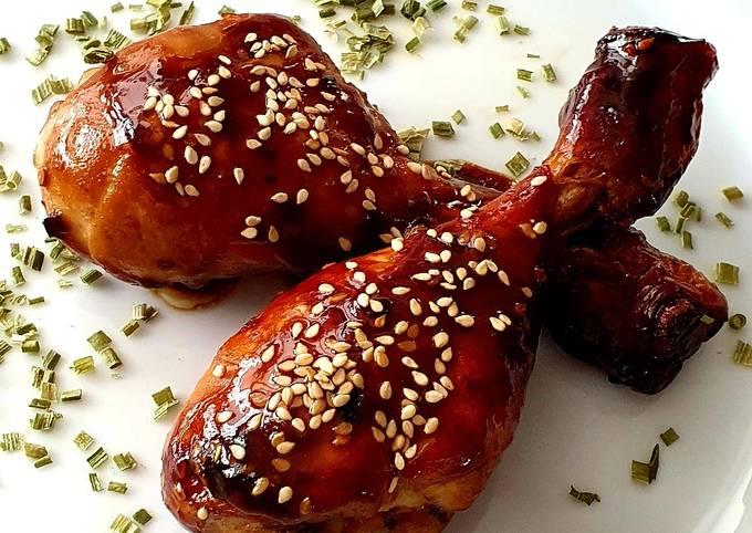 Der einfachste Weg Um Hausgemachte Hähnchen-Unterschenkel mit Teriyaki-Sauce zu machen