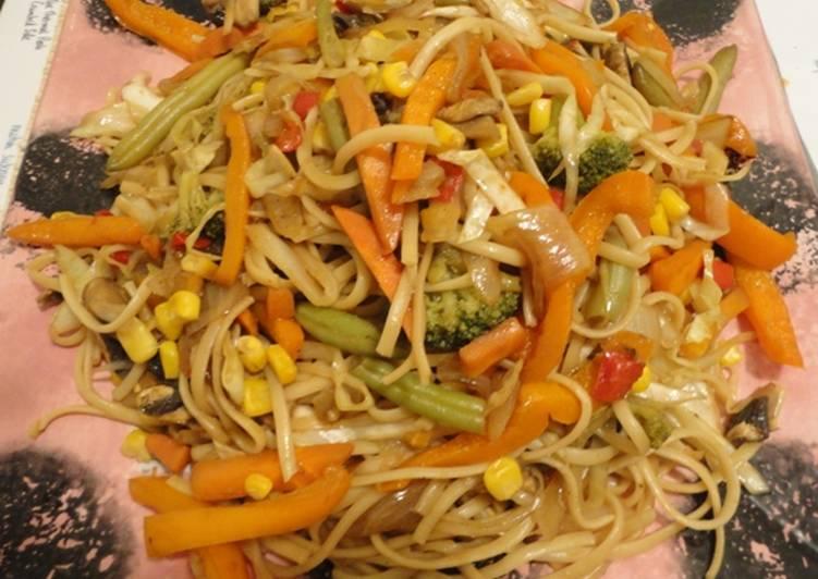 Sweet Chilli Egg Noodles