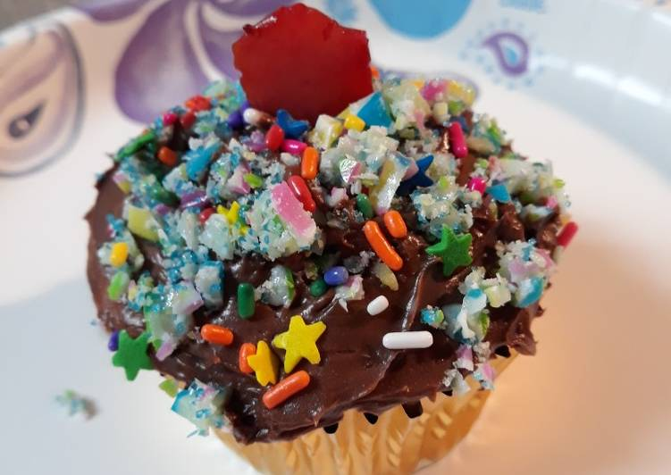 Three Generations Cupcakes