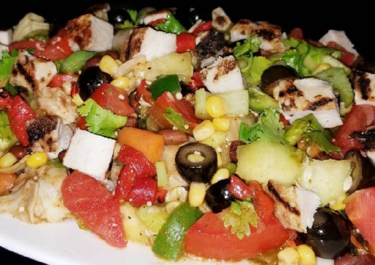 Mike's Mexican Grilled Chicken Salad