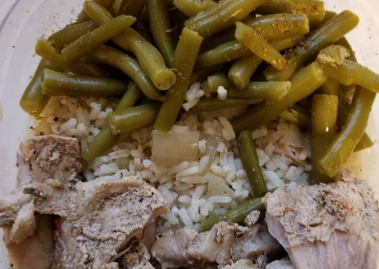 Caribbean jerk pork with rice and green beans in crock pot