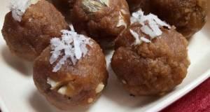 Wheat Flour Dryfruits Laddoo