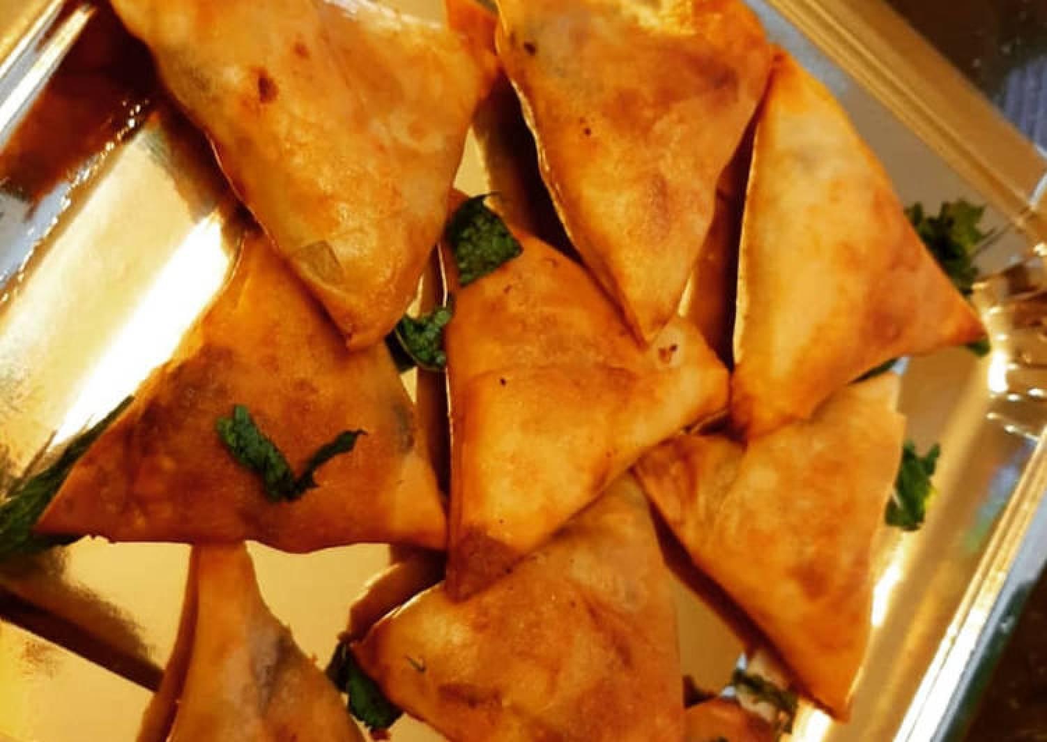 Bikaneri Mini Samosa (Baked and Fried)