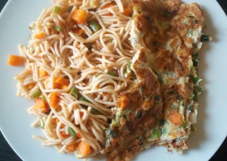 Spagetti with omelette