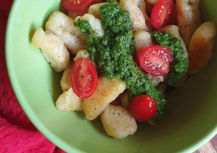 Recipe of Quick Homemade gnocchi with spinach pesto
