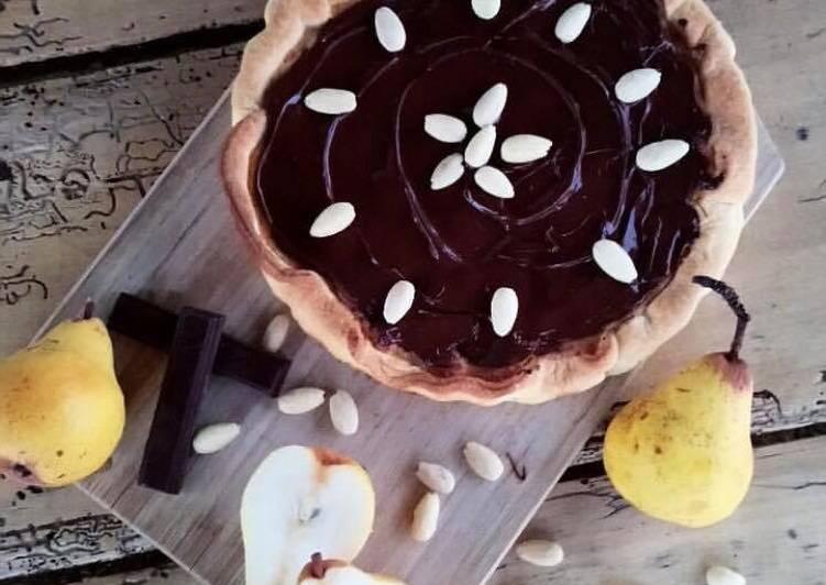 Tarte aux poires crème d'amande et chocolat