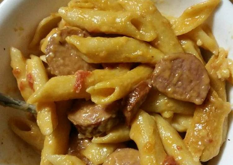 Cheesy one pot smoked sausage pasta