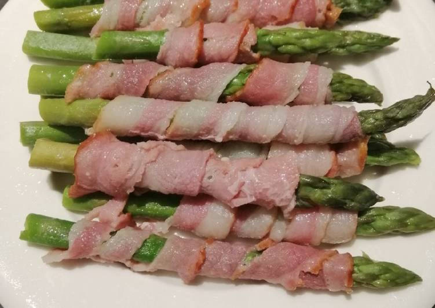 Steam Bacon and Asparagus