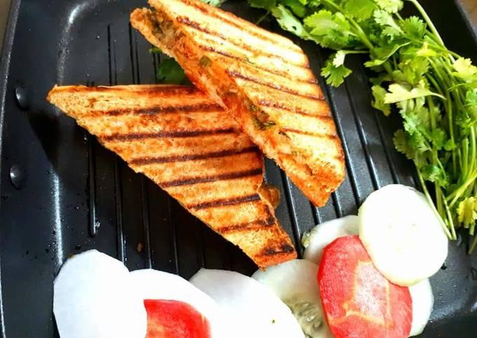 Easiest Way to Make Homemade Pan Grilled potato mint chutney sandwich
