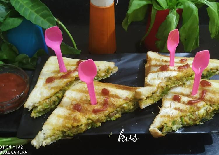 How to Prepare Quick Grilled Cheesy Sandwich