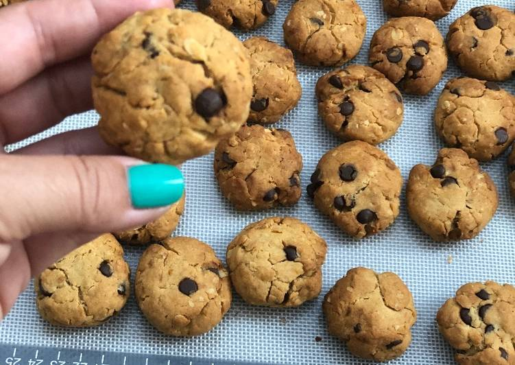 How to Make Speedy No sugar chocolate chip cookies