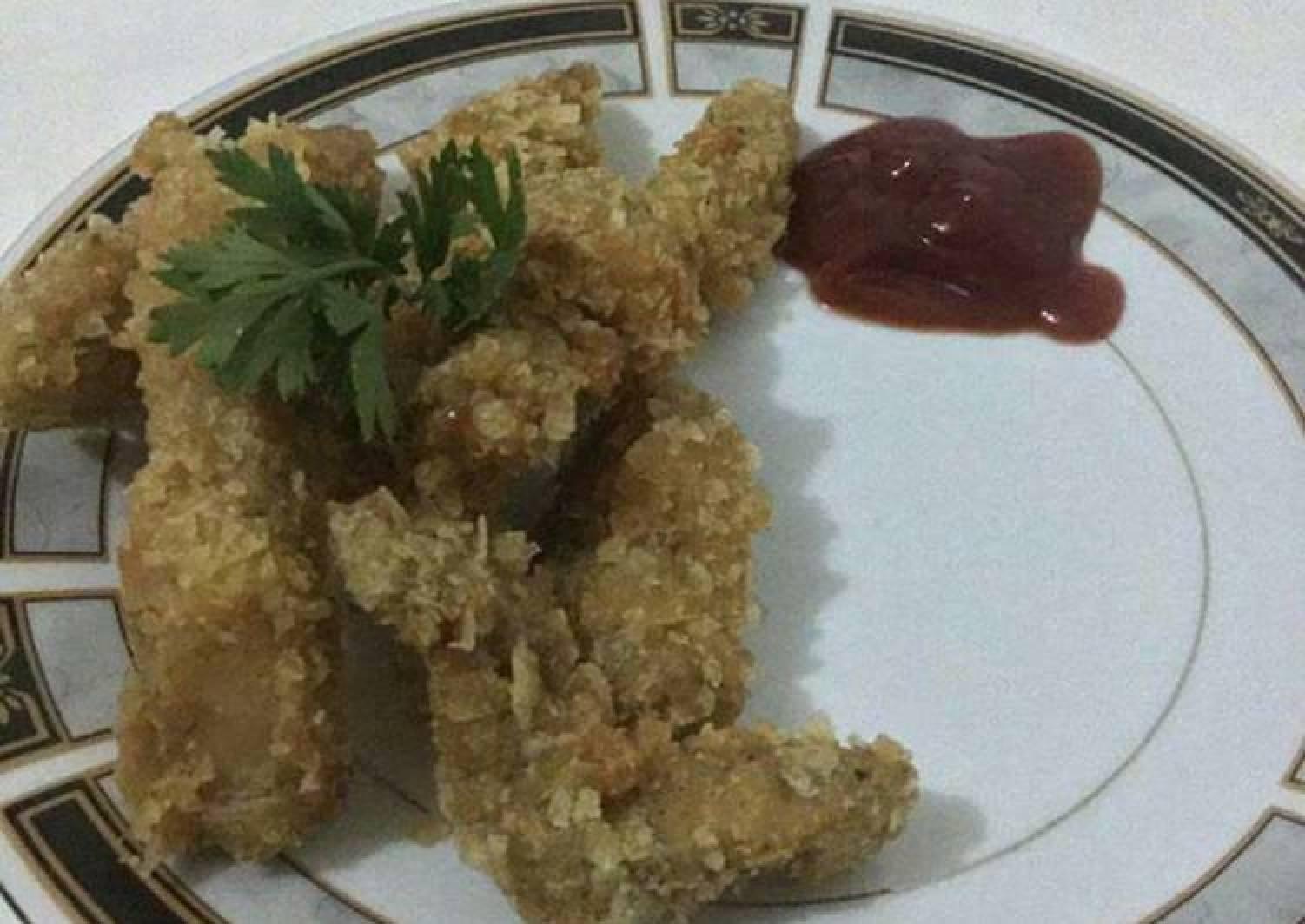 Crisp coated chicken chunks