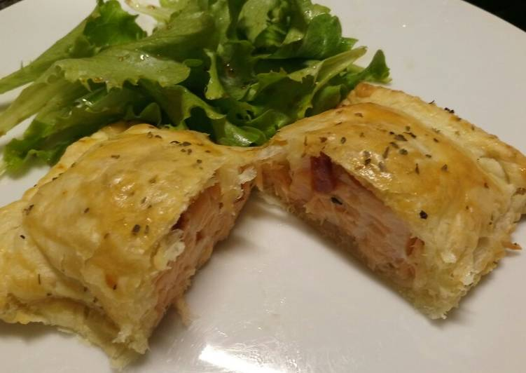 Simple Way to Make Any-night-of-the-week Smoked salmon and sun-dried tomato Wellington