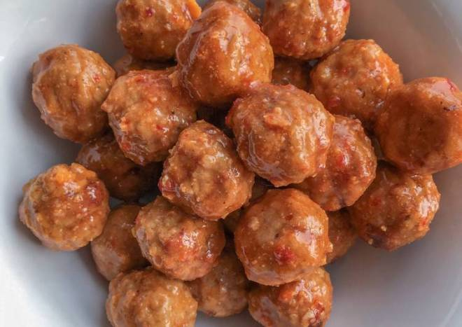 Crockpot Sweet Asian Chili Meatballs