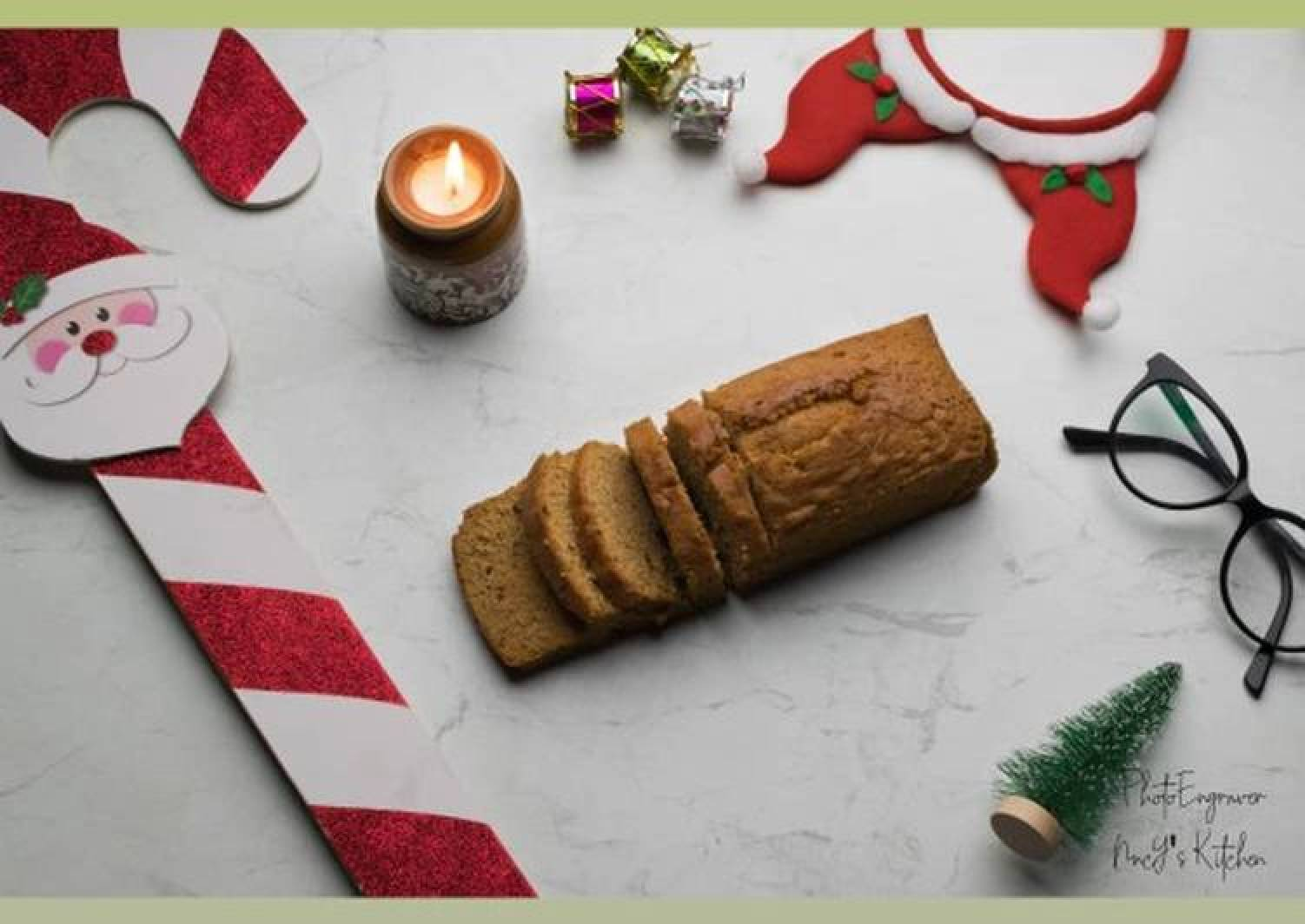 Plum cake merry christmas