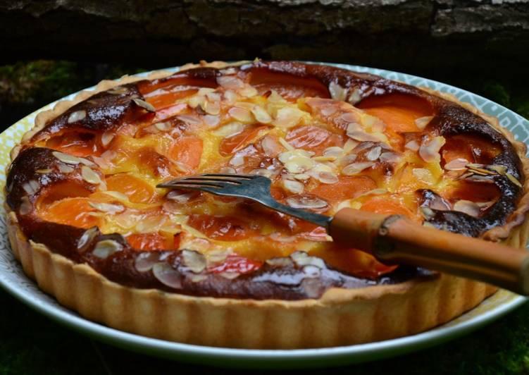 Tarte amandine aux abricots et au miel