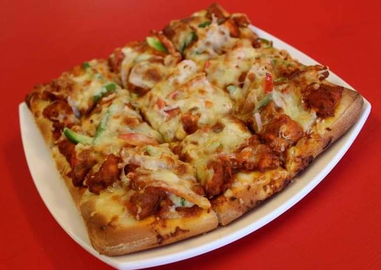Cheesey square pizza