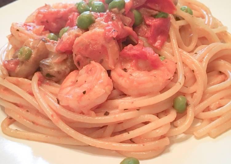 Shrimp, Tomato, & Cream Cheese Pasta